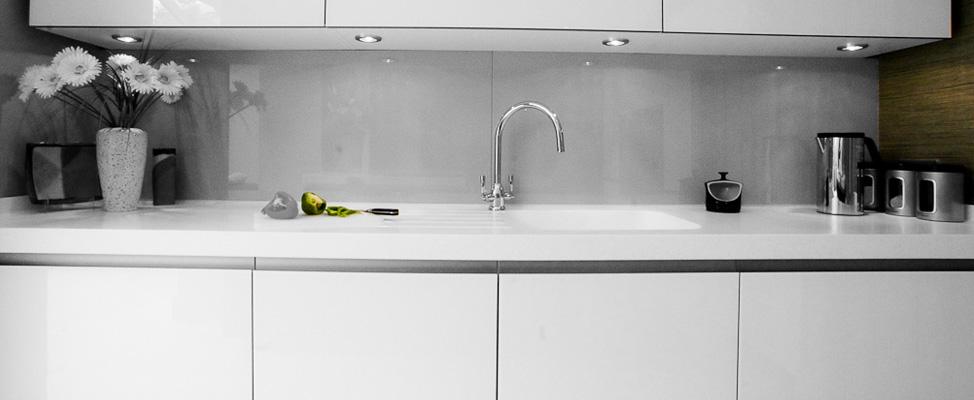 glass_designer_kitchen